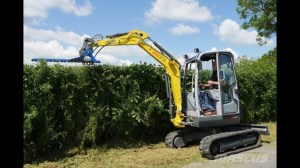 garden clearance kilkenny | tree cutting | Landscapers | mini digger hire   Hedge cutters | Landscaping services | Grass cutting
