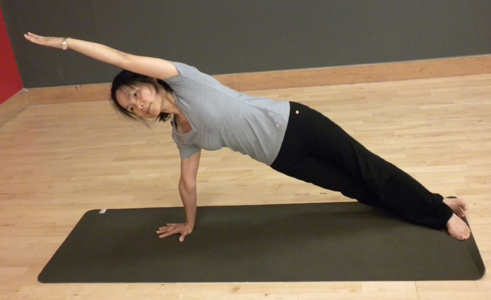 Pilates class for spinal alignment