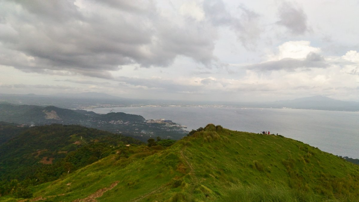 Solo Hike to Mt. Gulugod Baboy