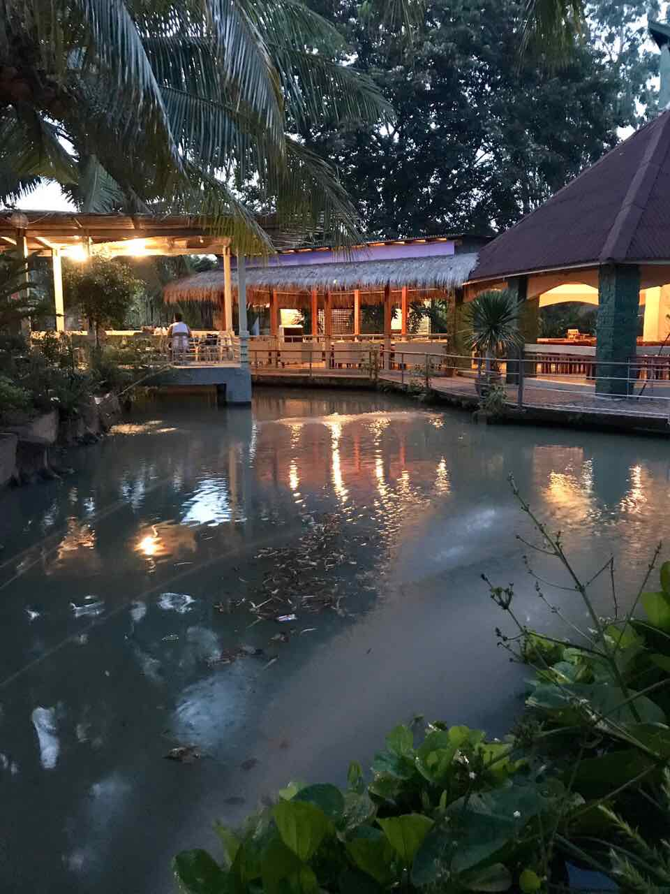 Bulawan Floating Restaurant