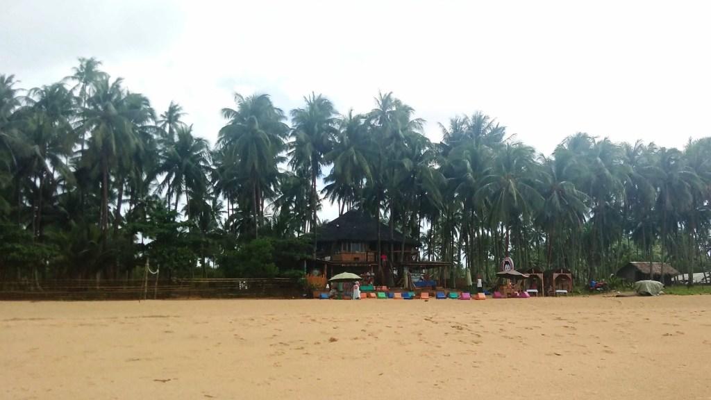 Mad Monkey Hostel Nacpan