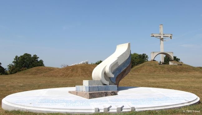 a national monument in memory of the fallen soldiers in fights for the independent Slovenia in 1991.