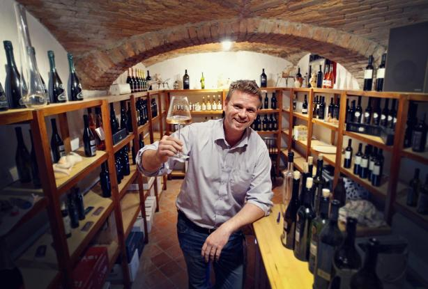 Primoz inside his vinotek, Vino a 'la Carte