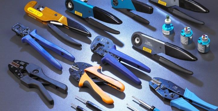 産業用コネクタ圧着工具