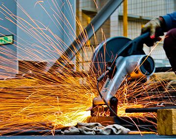 construcción-acción-artesano-quemado