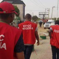 EFCC Arrests 26 Internet Fraud Suspects In Delta