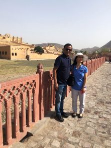 In-front-of-Amer-Fort,-Jaipur