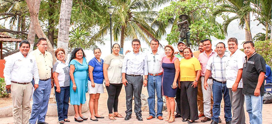 hoteleros-zihuatanejo-con-alcalde