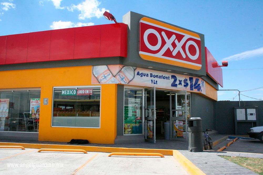 tiendas-oxxo-gasolina