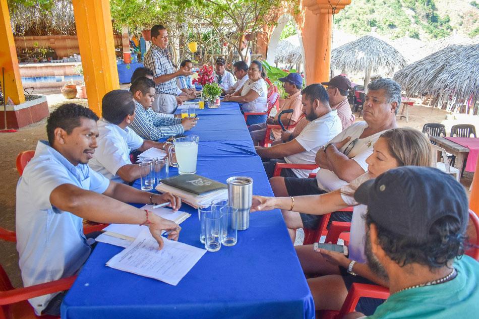 restauranteros-isla-de-ixtapa-.jpg