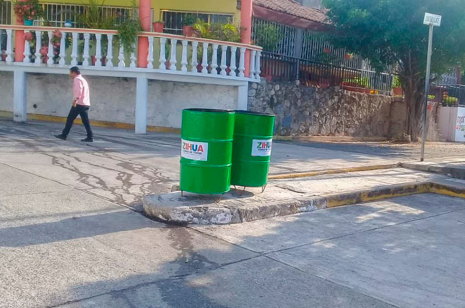contenedores-de-residuos-zihuatanejo-.jpg