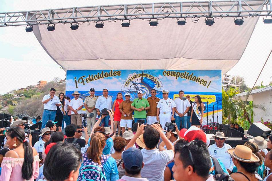 exito-torneo-pesca-de-pez-vela-ixtapa-zihuatanejo-2019.jpg