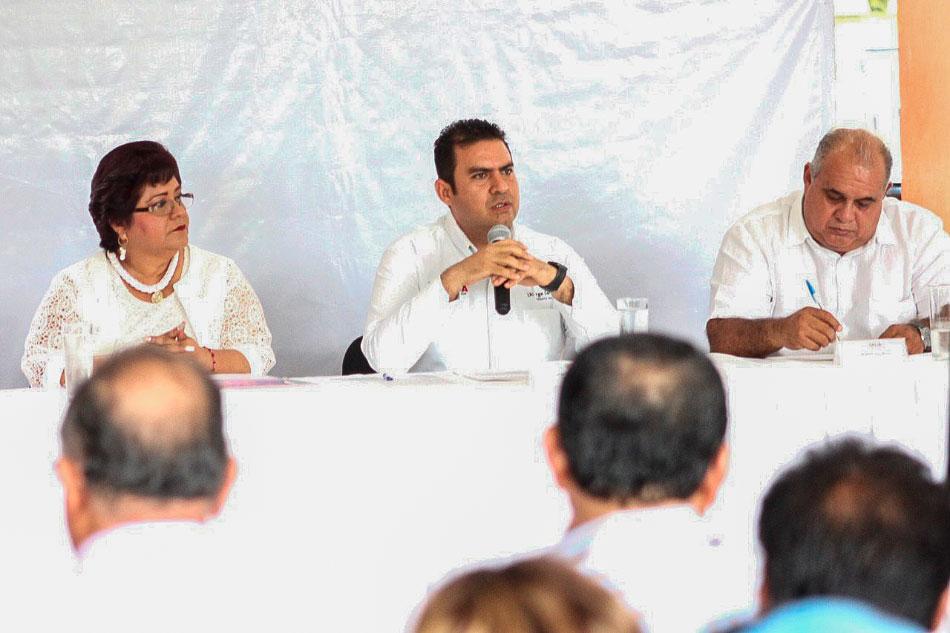 sesion-cabildo-abierto-zihuatanejo-2019_.jpg