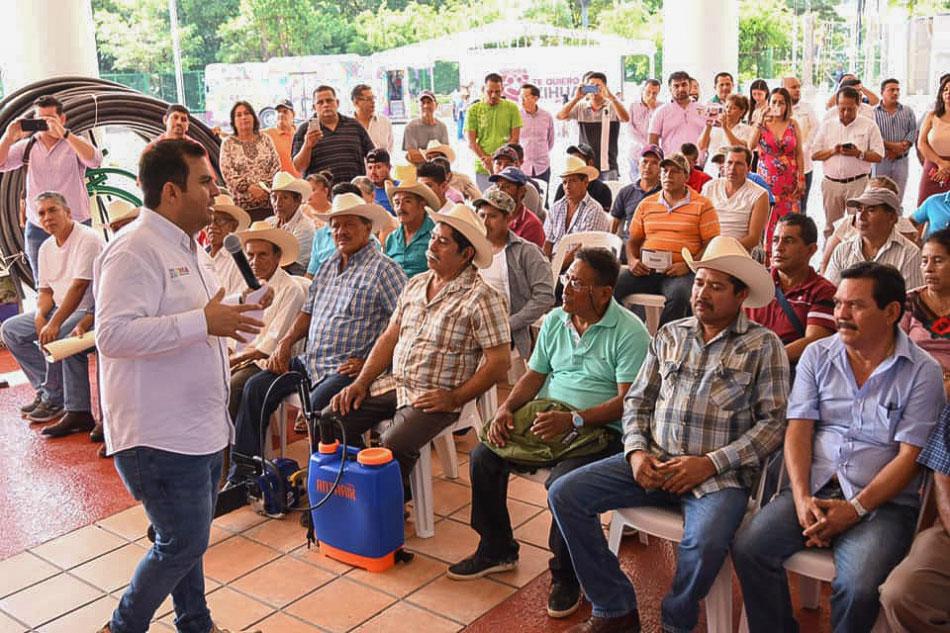 apoyo-a-campesinos-zihuatanejo-2019.jpg
