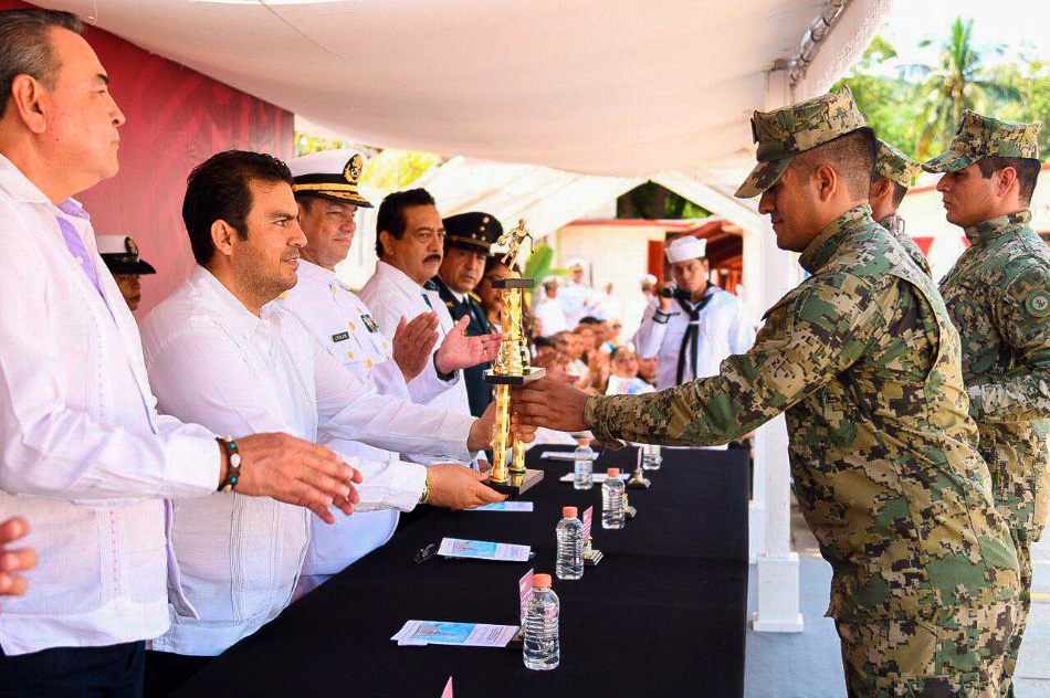 aniversario-Armada-Mexico-Ixtapa-Zihuatanejo.jpg