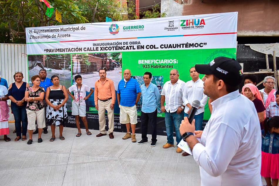 colonia-Cuauhtemoc-pavimentacion-zihuatanejo__.jpg