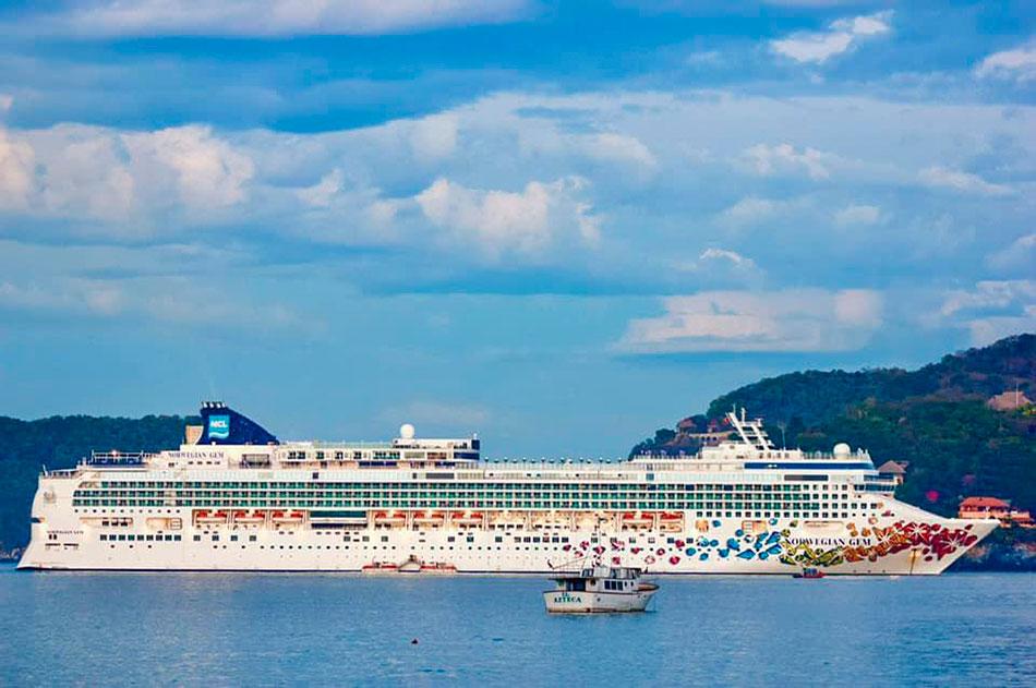 crucero_zihuatanejo_2020--.jpg