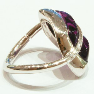 White Gold Amethyst and Diamonds Ring