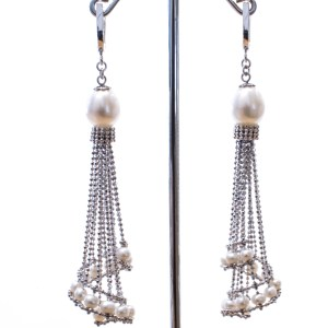 Silver Mesh and Pearls Earrings