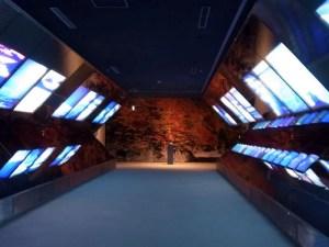 入り口を入ってすぐの回廊:国立歴史民俗博物館に行ってきました