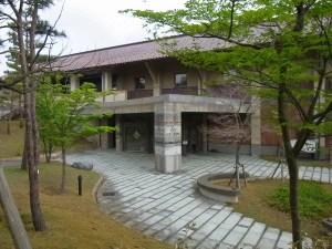 美術館の入口:石川県九谷焼美術館に行く