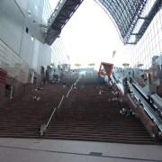 京都駅をぶらぶらする