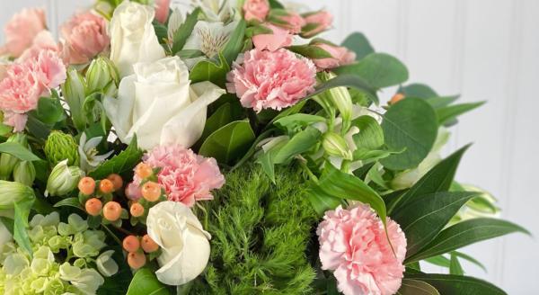 City Chic in Pink - Flower Bouquet