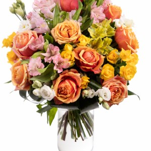Mixed flowers bouquet in vivid colours