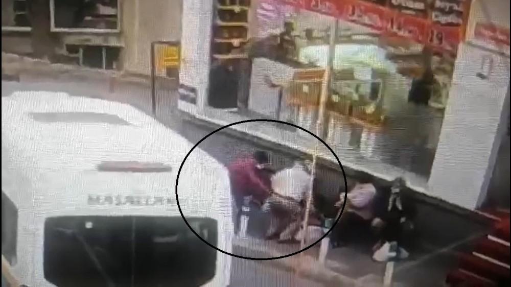 Sinsice adım adım takip ettiler, yaşlı adamın 25 bin lirasını çaldılar