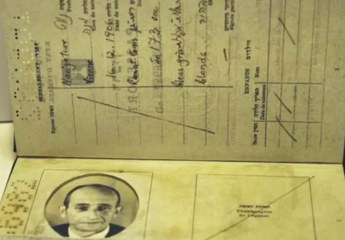 Az Eichmann számára készített izraeli útlevél – izraeli pilótának kiállítva - fotó:Beit Hatfutsot