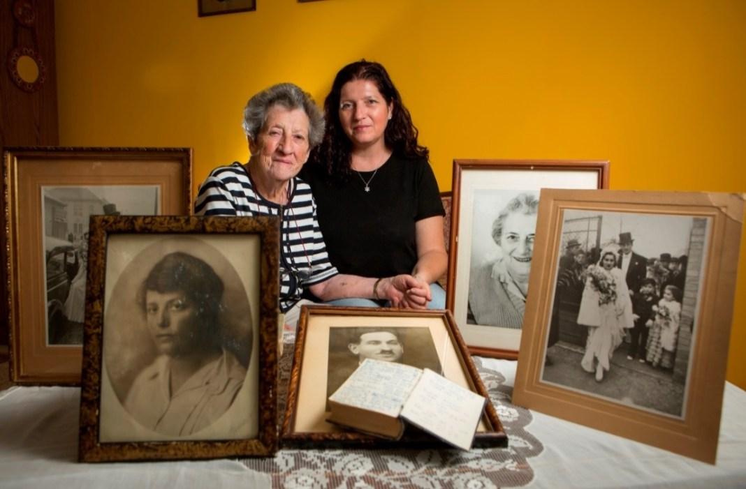 ז'וז'ה בודרוגי עם סבתא שלה