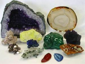 Pomoć i samopomoć kristalima i kristaloterapijom, slika