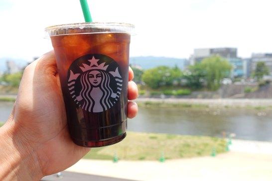 川床で乾杯!暑いけど・・
