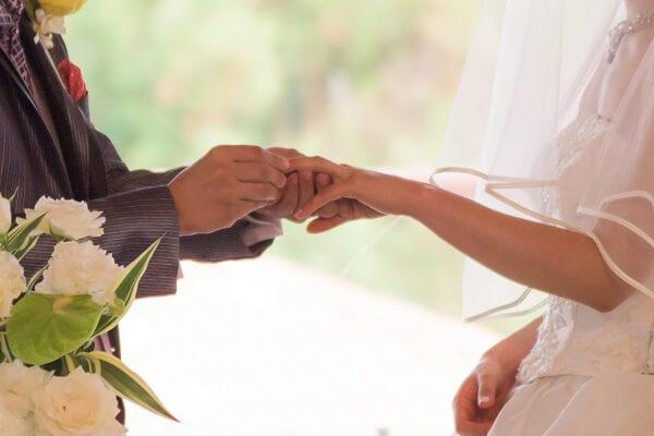 自衛隊の結婚式、費用相場はいくら位?