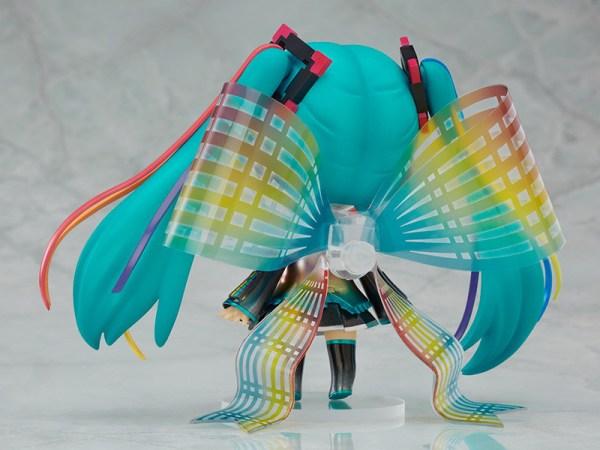 Nendoroid 831. Hatsune Miku: 10th Anniversary Ver. (Vocaloid)