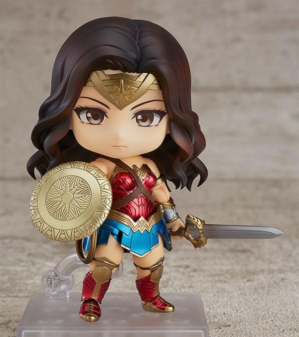 Nendoroid 818. Wonder Woman: Hero's Edition