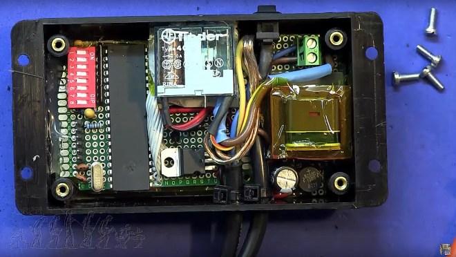 Interior del interruptor temporizado