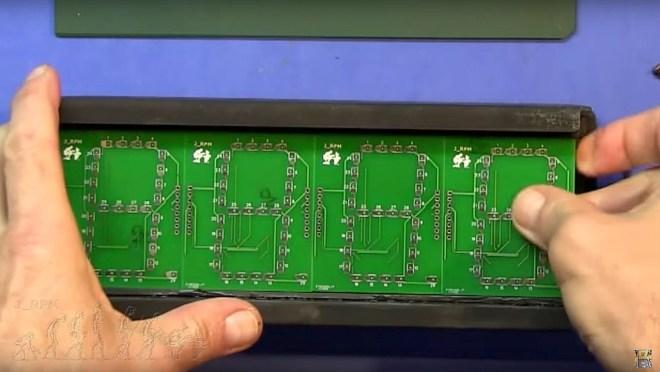 Ajuste de los PCB's en la caja