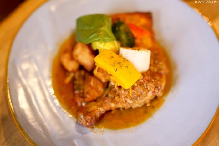 高雄美食︱路竹車站︱歐風用餐環境 晚上超美 雞肉好嫩好好吃 Truffe Brasserie 黑松露鄉村風味料理