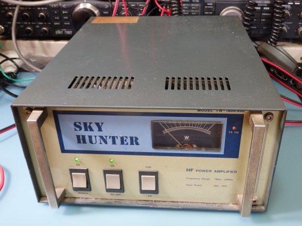スカイハンター SKY HUNTER TW-1600/800 リニアアンプ