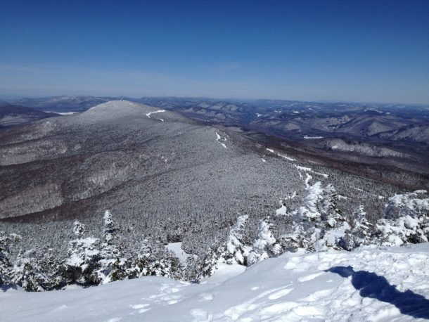 Vermont's Health Department confirmed 14 confirmed Kovid-19 cases have been linked to a party at Summit Lodge in Killington.  Photo by Brinkua / Wikimedia