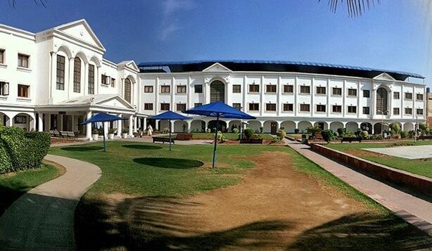 Iqra University Karachi Admissions Fee Structure 2020