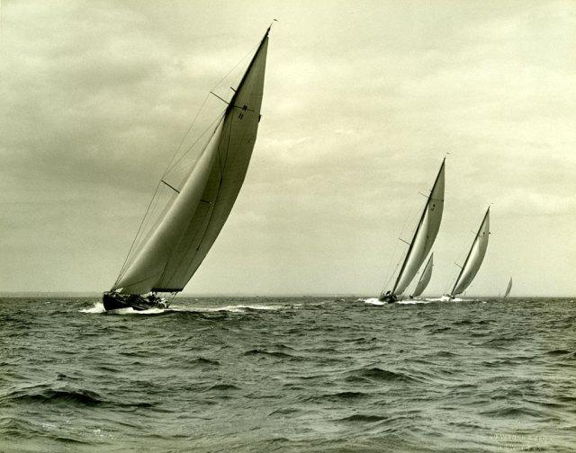 Tysnesingane segla også i andre klassar. Her er eit bilete frå ein regatta i M- klassen.
