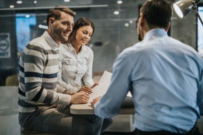 Stock Market for Beginners: Do I Need a Financial Advisor?