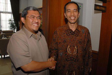 Gubernur Heryawan saat menerima kunjungan Gubernur Jokowi beberapa waktu lalu.