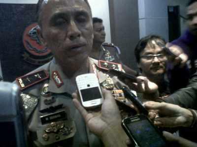 Kapolda Jabar, Inspektur Jenderal Mochamad Iriawan, menjelaskan langkah pihaknya terkait kejadian kekerasan di Jembatan Layang Pasupati, Jumat (27/12).