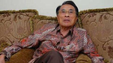 PROF. ANDI HAMZAH, Pakar Hukum Acara Pidana (courtesy: wartanews)