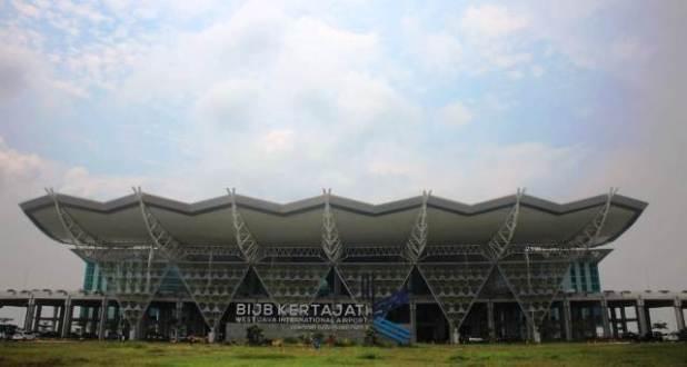 bandara kertajati majalengka