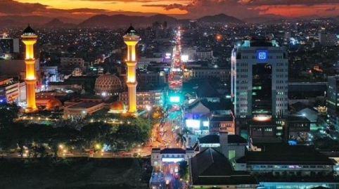 bandung-malam-masjid-agung