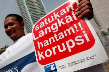 Aksi damai mendukung pemberantasan korupsi. (WWW.PDK.OR.ID)